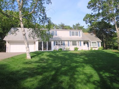Photo for Keepin' it Reel - 4 Bedrooms and Central AC. Sleeps 9 Lovely walking neighborhood!