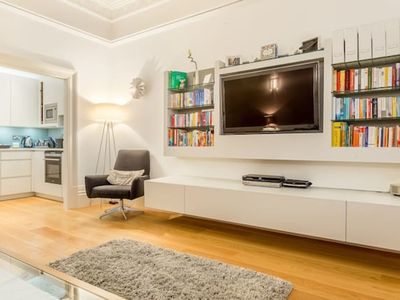 Photo for BGG1 Immaculate 2 bed in Bramham Gardens