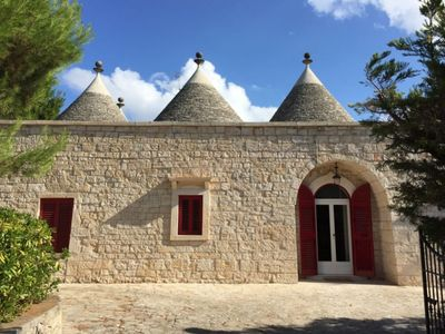 Photo for Beautifully renovated Trullo Villa with salt water swimming pool
