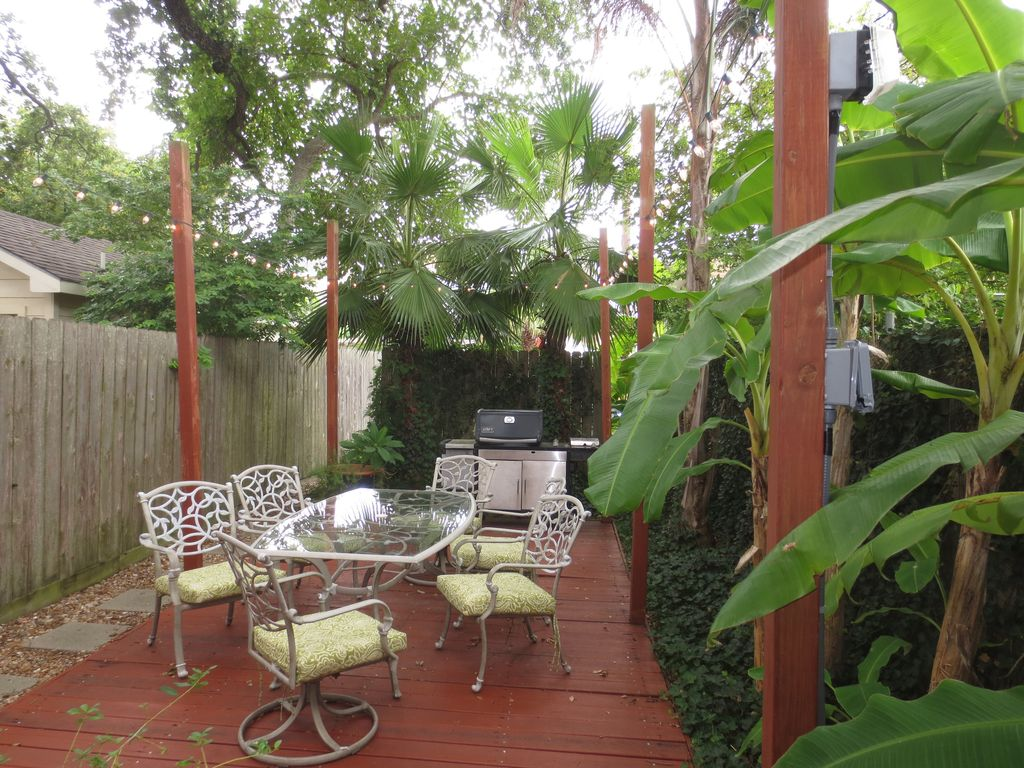 Cottage By The Beach Rentals Galveston