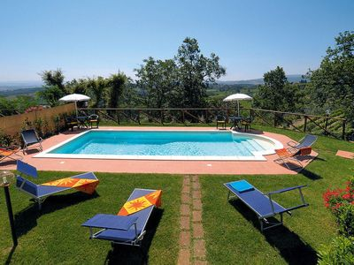 Photo for One bedroom Apartment, sleeps 4 in Luiano with Air Con and WiFi