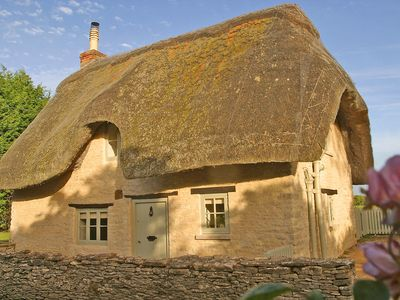 Photo for The Perfect Cotswold Cottage for Two