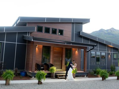 Photo for Fabulous Mountain And River View Home