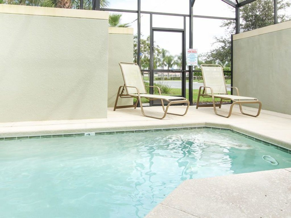 """""""Picture Renting this Beautiful Home near Disney"""" 8951 Majesty - Five Bedroom Villa, Sleeps 10"""