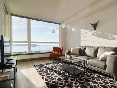 Photo for Waterfront+Pike Place 1 Bedroom Water Views 9 AV
