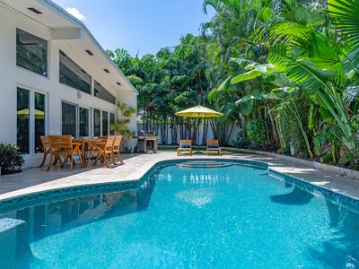 Photo for Luxurious Hideaway Minutes From Beach, Bars & Eateries
