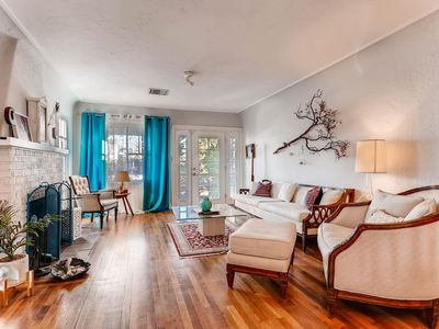 Photo for HISTORIC 2BR HOUSE- DOWNTOWN PHX!  SLEEPS 6!