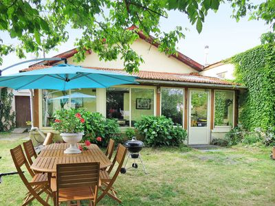 Photo for Vacation home Contaut  in Hourtin - Contaut, Aquitaine - 4 persons, 2 bedrooms