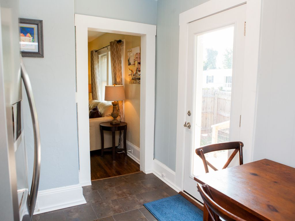 Downtown Asheville Bungalow; Perfect for a 30 day Exec. Rental/ 2 ...