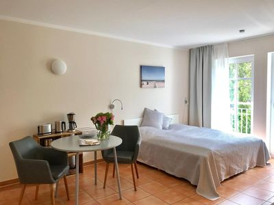 Photo for Waves, modern-apartment, quiet location, perfect f. 2 pers. - Atelier at the current