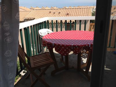 Photo for Frontignan, T2 edge of Sea + Swimming pool + secured parking