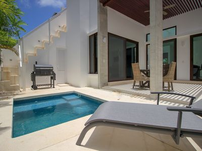 Photo for Family Townhome with Plunge Pool in Gated Community by olahola