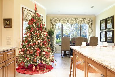 Kitchen and breakfast room during Christmas time