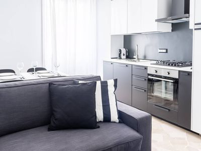 Photo for New Duomo apartment in Centro Storico with WiFi, air conditioning & lift.