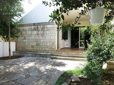 Photo for Villa completely surrounded by the garden, in Baia Verde in Gallipoli, very close to the sea.