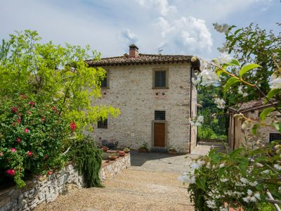 Photo for Apartment in Bagno A Ripoli with Internet, Pool, Air conditioning, Parking (126621)