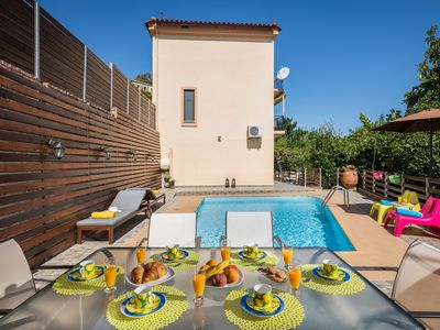 Photo for Quiet 3bed family villa with pool
