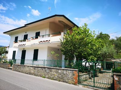 Photo for Country house with garden, private parking space, ideal for families,