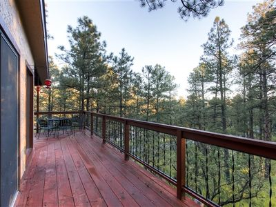 Photo for Tree Tops At Alto Alps: Sitting high in the beautiful pines. With hot tub. Pet Friendly.