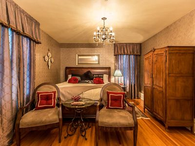 Photo for 1BR House Vacation Rental in Niagara Falls, ON
