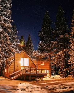 Photo for 5 STAR CABIN: Upscale 4 BR/3 BA Family Home - Perfect Retreat for 2 Families