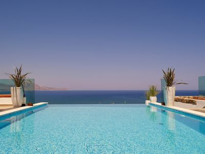Photo for Luxury Villa Eos with private heated infinity pool