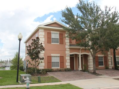 Photo for Lakefront/gated/Jacuzzi/4Br/3Ba villa, 6 miles to Disney, Free WiFi/cable TV