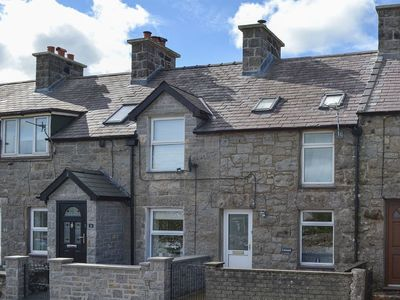 Photo for 2 bedroom accommodation in Llanbedrgoch, near Benllech