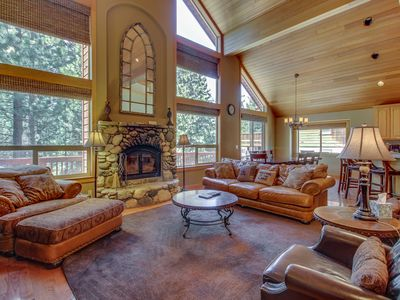 Photo for Bright lodge w/ private hot tub & pool table and shared pools, saunas & gym!