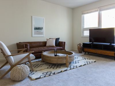 Photo for Lovely 1BR in Lower Pacific Heights by Sonder