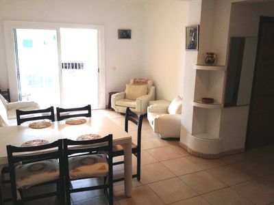 Photo for Fantastic apartment, 200m to beach, 3 bedrooms, sleeps 8