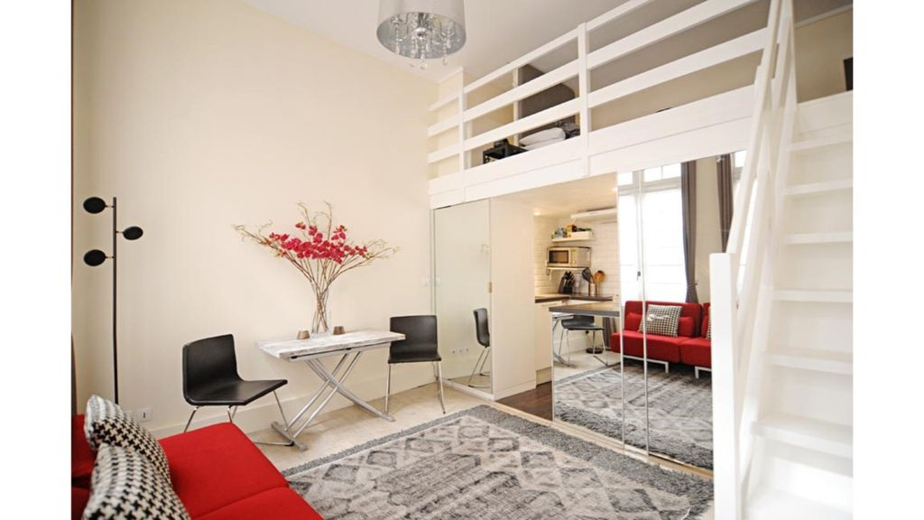 Pied A Terre In The Heart Of Paris Hotel in Paris, France - Skyscanner