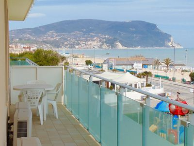 Photo for M08 - Marcelli, three-room apartment facing the sea with terrace