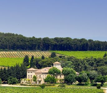 Photo for Chateau with private pool to let, holiday rental Provence, large property in Provence to rent, holiday rental Provence