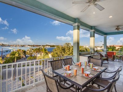 Photo for Blue Horizon Bay View Luxury