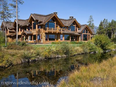 Photo for Private Estate-Wildlife Refuge-Stellar Views-Private Hot Tub-7000 sqft-Snake Riv