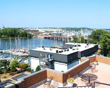 Photo for After a long day, park and take a walk to a favorite Eastport pub or restaurant or venture over the draw bridge into downtown for a morning coffee or evening ice cream.
