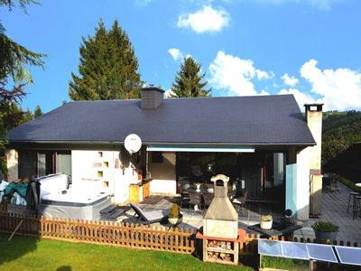 Photo for Modern, very comfortable house with sauna, jacuzzi, sunny garden and terrace