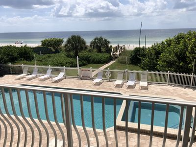 Elegant Gulf Front Condo Overlooking Both Beach and Pool