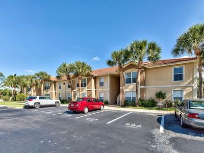 Photo for Colorful, bright and exceptionally clean 2 bed 2 bath condo in Ibis Club