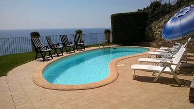 Photo for Detached villa with pool and spectacular sea view