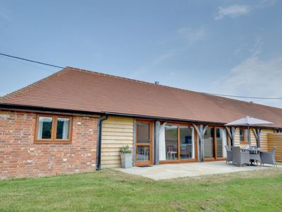 Photo for Winchelsea Holiday Home, Sleeps 4 with WiFi
