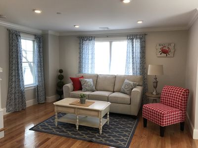 Winter specials - Luxury 2 Bdrm/2.5 bath Deluxe condo located on lower Thames St