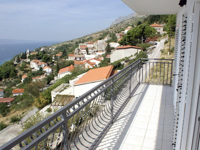 Photo for Three bedroom apartment with balcony and sea view Mimice (Omiš)
