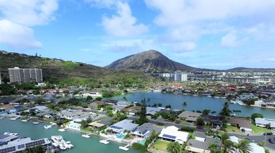 Photo for Large Private 1-Bedroom Suite In Hawaii Kai!