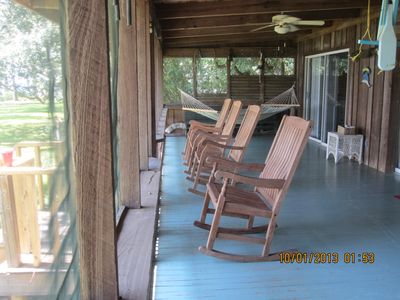 Photo for Come relax in this beautiful St Teresa Beach Cottage!