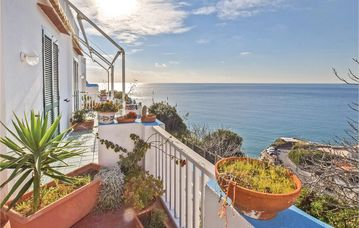 Search 410 holiday rentals