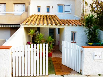 Photo for Beautiful spacious and bright house by the sea (7 people)