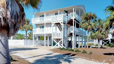 """Photo for Ready After Hurricane Michael! FREE BEACH GEAR! Pets OK, Pool, Wi-Fi, Beach View, 4BR/4BA """"Best Of Times"""""""