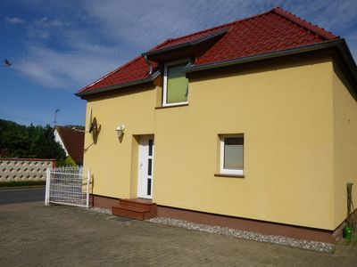 Photo for Holiday Home for 4 guests with 50m² in Poseritz (59365)